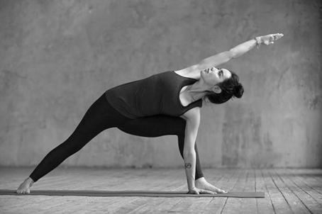 April, Yogamaand 2019